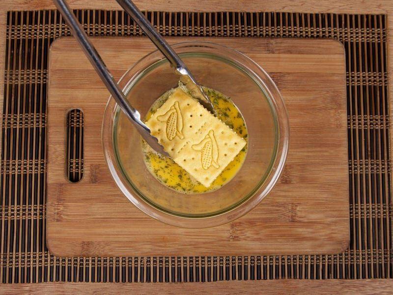 Galletas saltin noel maiz con chorizo y doble queso saltin noel paso 6