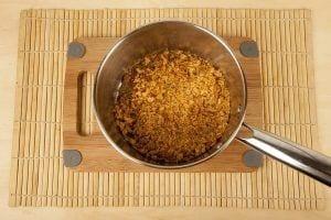 Galletas saltin noel tradicional con queso crema paso 2