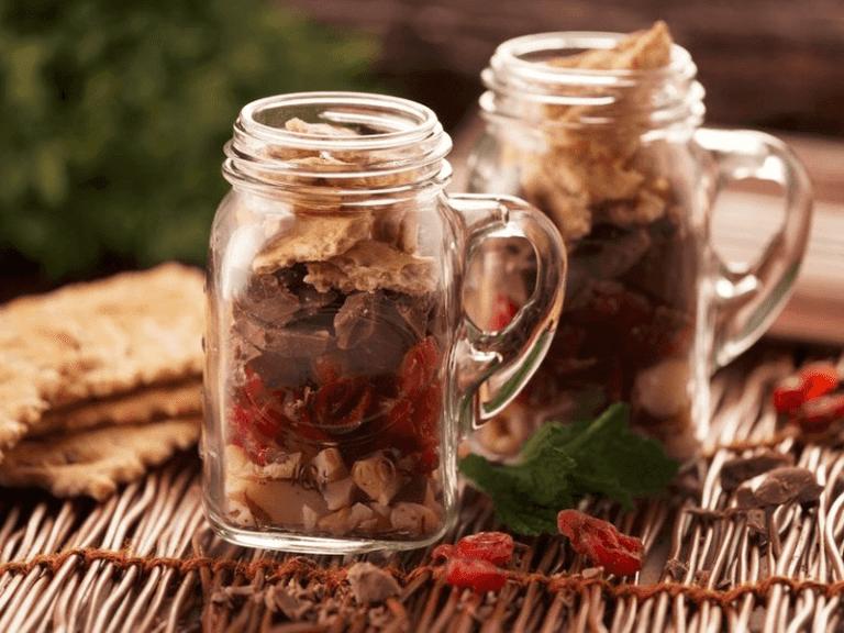 Receta criyspy snack con galletas saltin noel semillas y cereales