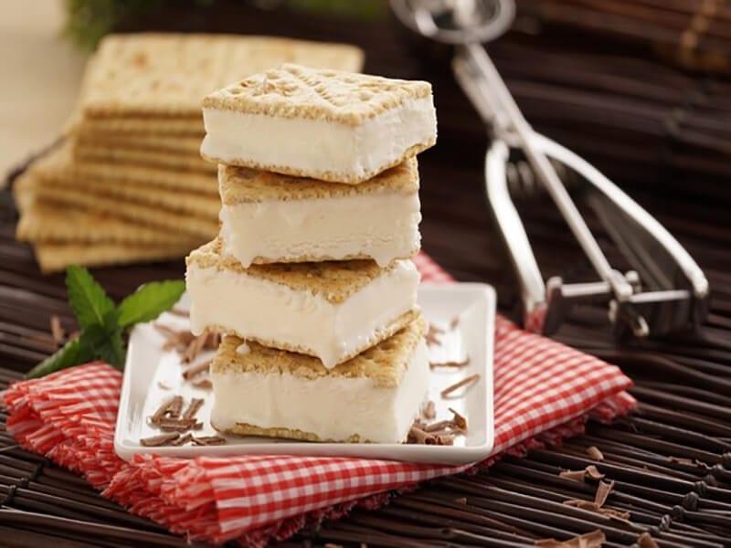 Receta saltin noel galleta integral con helado de vainilla