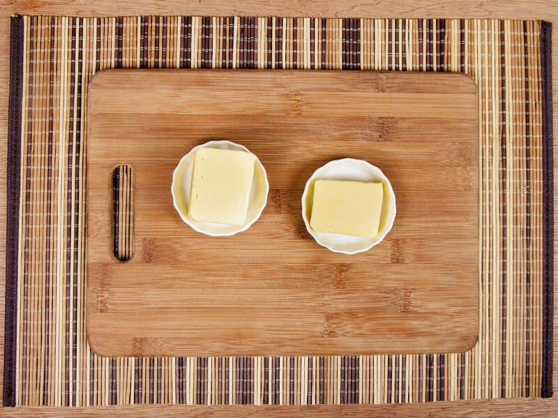 Saltin noel camarones al ajillo bañados en mantequilla de hierbas con galletas saltin noel paso 2