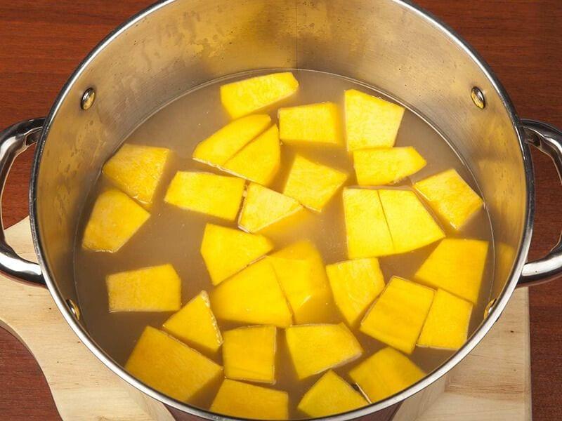 Saltin noel crema de auyama y galletas saltin noel queso y mantequilla paso 2
