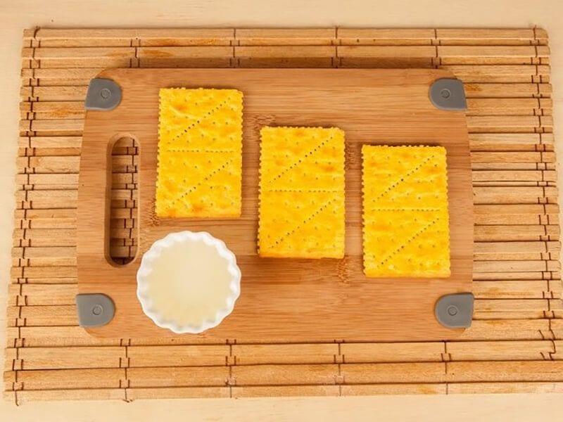 Saltin noel crema de maiz con galletas saltin noel queso y mantequilla saltin paso 3