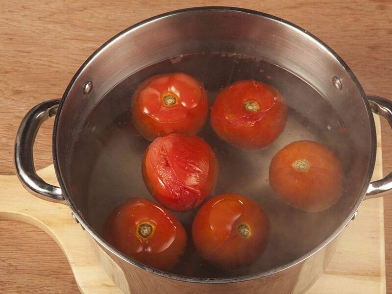 Saltin noel crema de tomate con galletas saltin noel tradicional paso 1