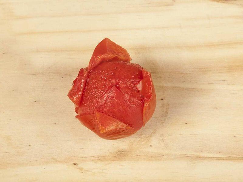 Saltin noel crema de tomate con galletas saltin noel tradicional paso 2