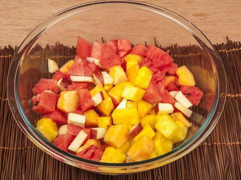 Saltin noel ensalada cremosa de frutas con galletas saltin noel y cereal paso 3