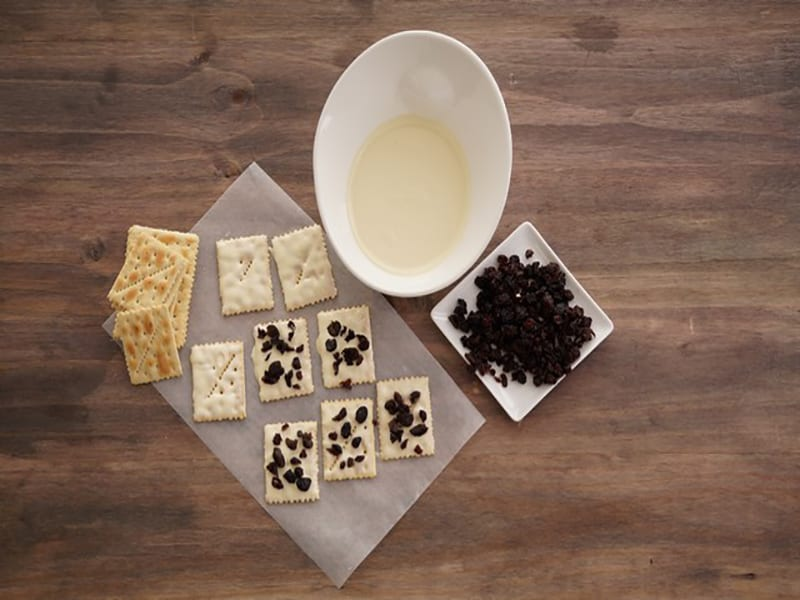 Saltin noel galletas con chocolate blanco paso 4