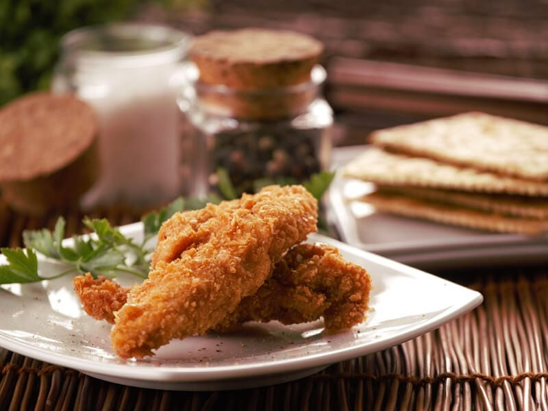 Saltin noel julianas de pollo apanado