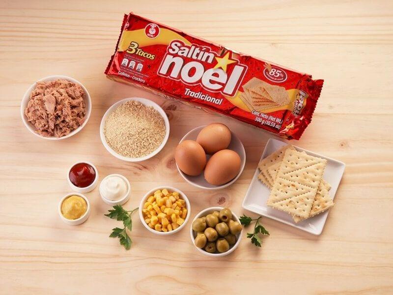 Saltin noel molde de atun galletas tradionales paso 1
