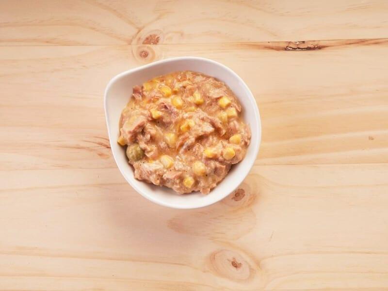 Saltin noel molde de atun galletas tradionales paso 3