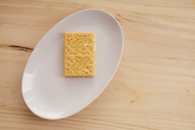 Saltin noel sanduche de maiz paso 6