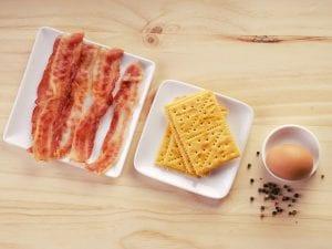 Saltin noel sanduche qeuso y mantequilla paso 2