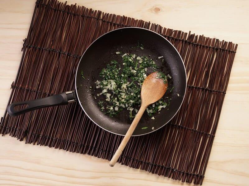 Saltin noel tradicional con dip de tocineta y espinaca paso 3
